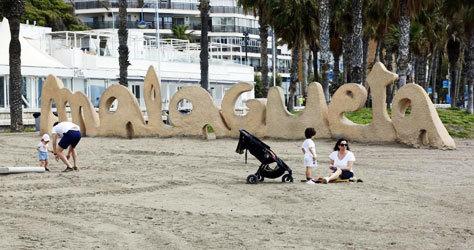 La playa urbana de la Malagueta, en Málaga.
