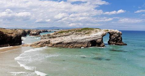 La playa de las Catedrales gallega ya limitó su acceso.