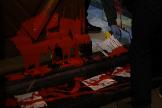 El color rojo de la pintura en la vivienda de Idoia Mendía es inequívoco.