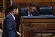 El portavoz de ERC, Gabriel Rufián, ante el presidente del Gobierno.