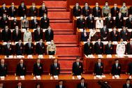 Delegados durante la apertura de la Asamblea, entre los que figura Xi Jinping.
