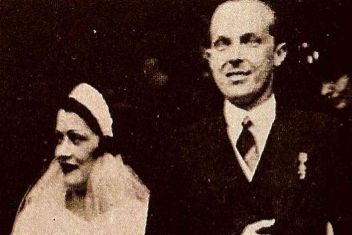 Alfonso de Borbón y Battenberg, el día de su boda con la cubana Edelmira Sampedro Ocejo, por quien renunció a sus derechos dinásticos.