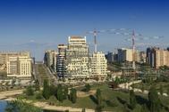 Edificios en construccion en el norte de Madrid.