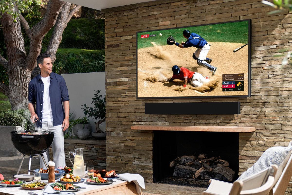 Samsung anuncia un televisor para ver en la terraza de tu casa