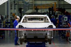 """El Gobierno francés pone en duda la supervivencia de Renault: """"Sí, puede desaparecer"""""""