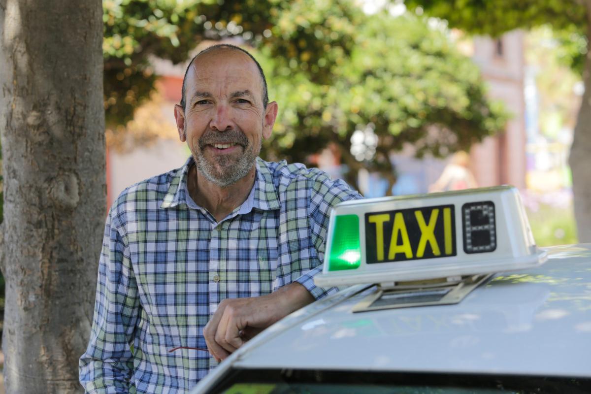 """Antonio Clos, taxista: """"Mejor que no hable de él... Han sido dos meses terribles""""."""
