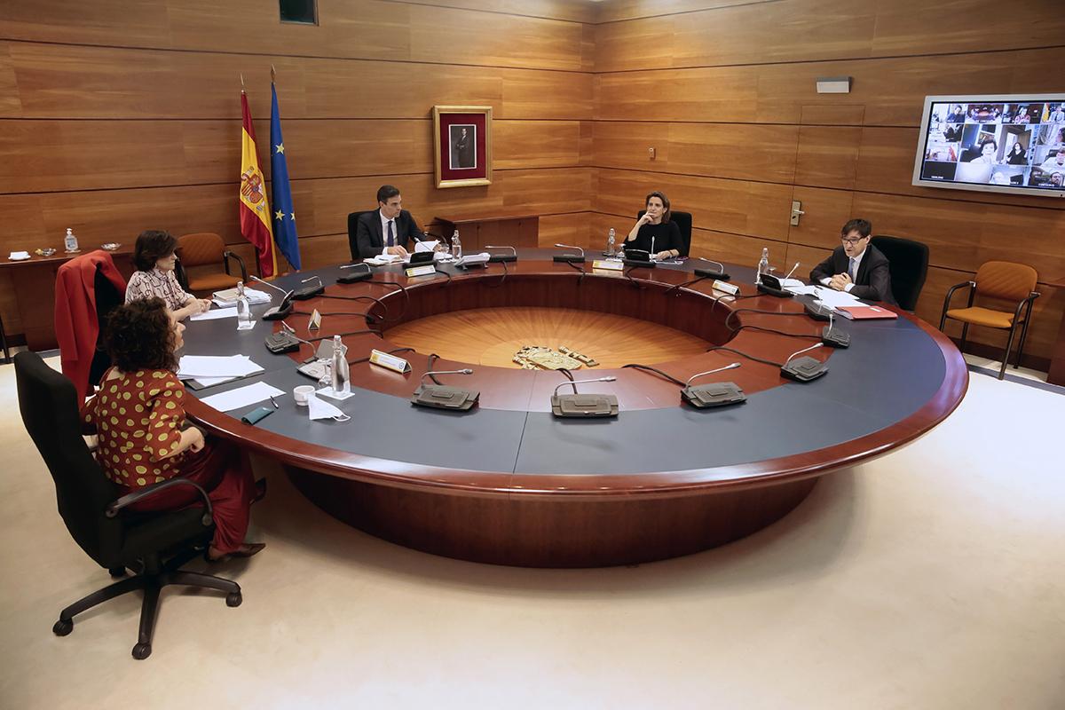 Imagen del Consejo de Ministros extraordinario celebrado este viernes.