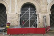 Celosía retirada de la Mezquita para abrir una segunda puerta.