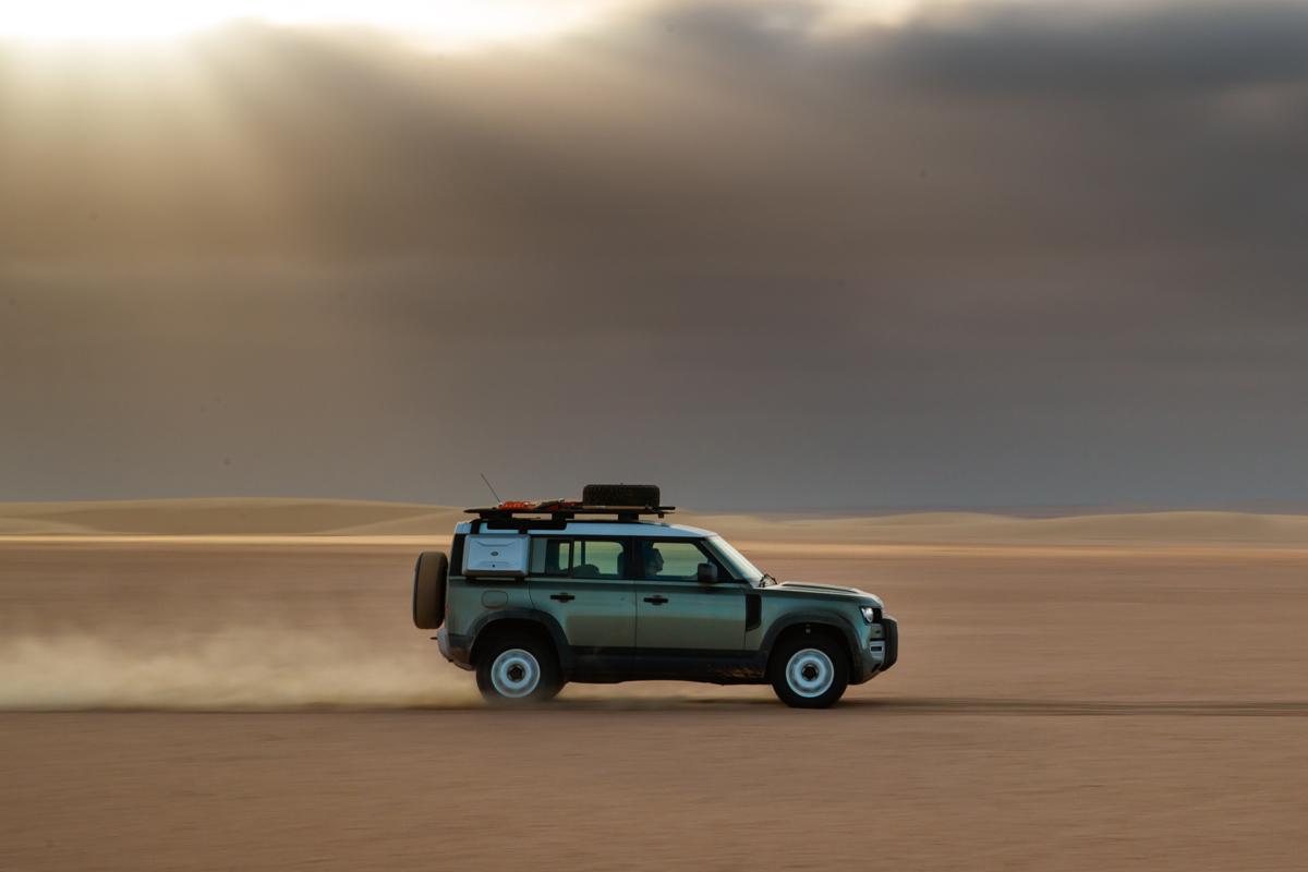 El Land Rover Defender 'conquista' Namibia