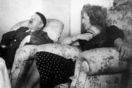 El 'führer' y Eva Braun, en una imagen de archivo.