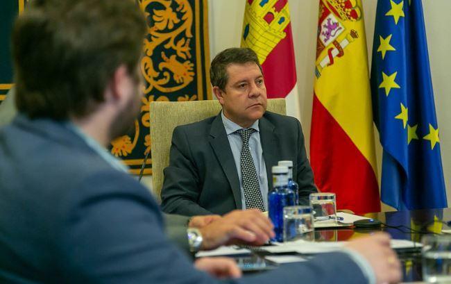 El presidente de Castilla-La Mancha, Emiliano García-Page, este domingo, en la conferencia de presidentes.