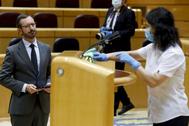 El portavoz del PP en el Senado, Javier Maroto, antes de una comparecencia, durante el estado de alarma.