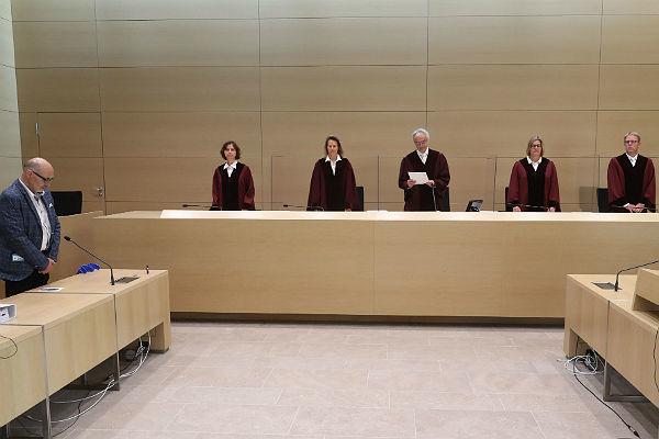 Momento de la lectura de la sentencia contra Volkswagen en Karlsruhe