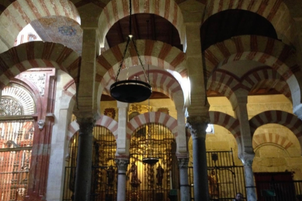 La Mezquita Catedral abre sus puertas después de setenta y dos días cerrada a los turistas solo para cordobeses