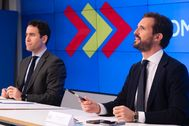 El presidente del PP, Pablo Casado (dcha.), y su secretario general, Teodoro García Egea, ese lunes, en Madrid.
