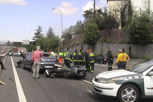 Un accidente múltiple en una autovía.