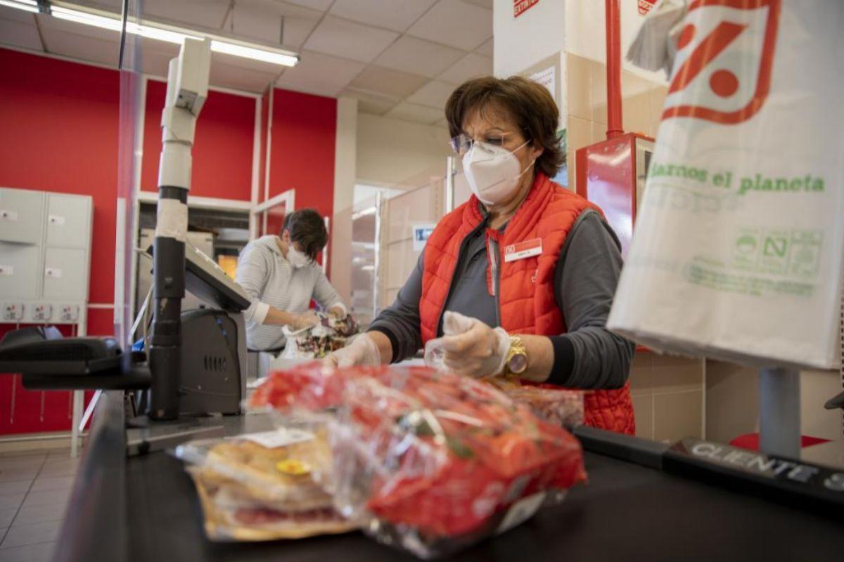 ¿En qué supermercados puedo comprar mascarillas? Precios y opciones en Mercadona, Carrefour, DIA…