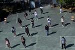 Vuelta a clase con cita previa y sólo en dos CCAA: Galicia y País Vasco, las únicas que abren a tiempo las aulas