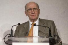 Miguel Artola, en un acto de 'Revista de la Historia', en 2011.