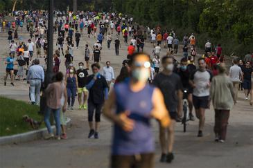 El parque de El Retiro en el primer día de la fase 1 de la pandemia del Coronavirus.