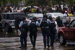 Miles de personas protestan por la muerte de un afroamericano a manos de policías en EEUU