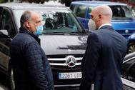 Javier Tebas y Luis Rubiales charlan a la salida del CSD.