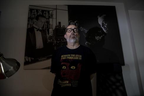 """Álex de la Iglesia: """"A España la define lo macabro, lo grotesco... lo torrezno"""