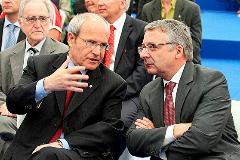 Los ex ministros Josep Montilla y José Blanco.