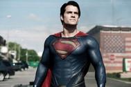 Henry Cavill negocia con  Warner Bros volver a convertirse en Superman