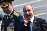 El presidente ruso Vladimir Putin y el ministro de Defensa, Sergei Shoigu.
