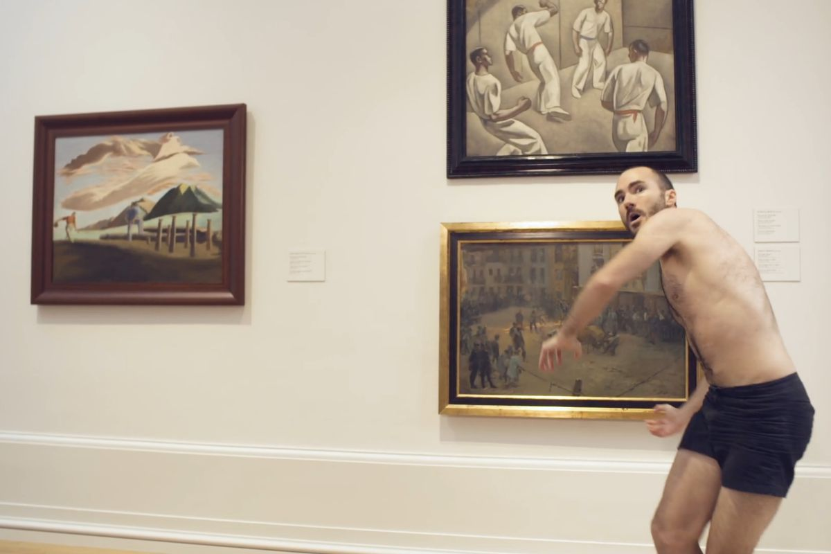 Uno de los bailarines de Kukai Danza en el audiovisual elaborado para celebrar la reapertura del Museo de Bellas Artes de Bilbao.