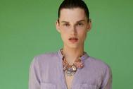 Camisa de Zara malva confeccionada en lino.
