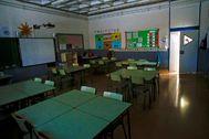 GRAFCAT6809. lt;HIT gt;BARCELONA lt;/HIT gt;.- Vista de un aula vacía de la Escola l'Estel de lt;HIT gt;Barcelona lt;/HIT gt; este martes cuando ha comenzado la preinscripción en los colegios e institutos de Cataluña para el próximo curso, a la espera de que se definan las condiciones para la reapertura de las lt;HIT gt;escuelas lt;/HIT gt;.