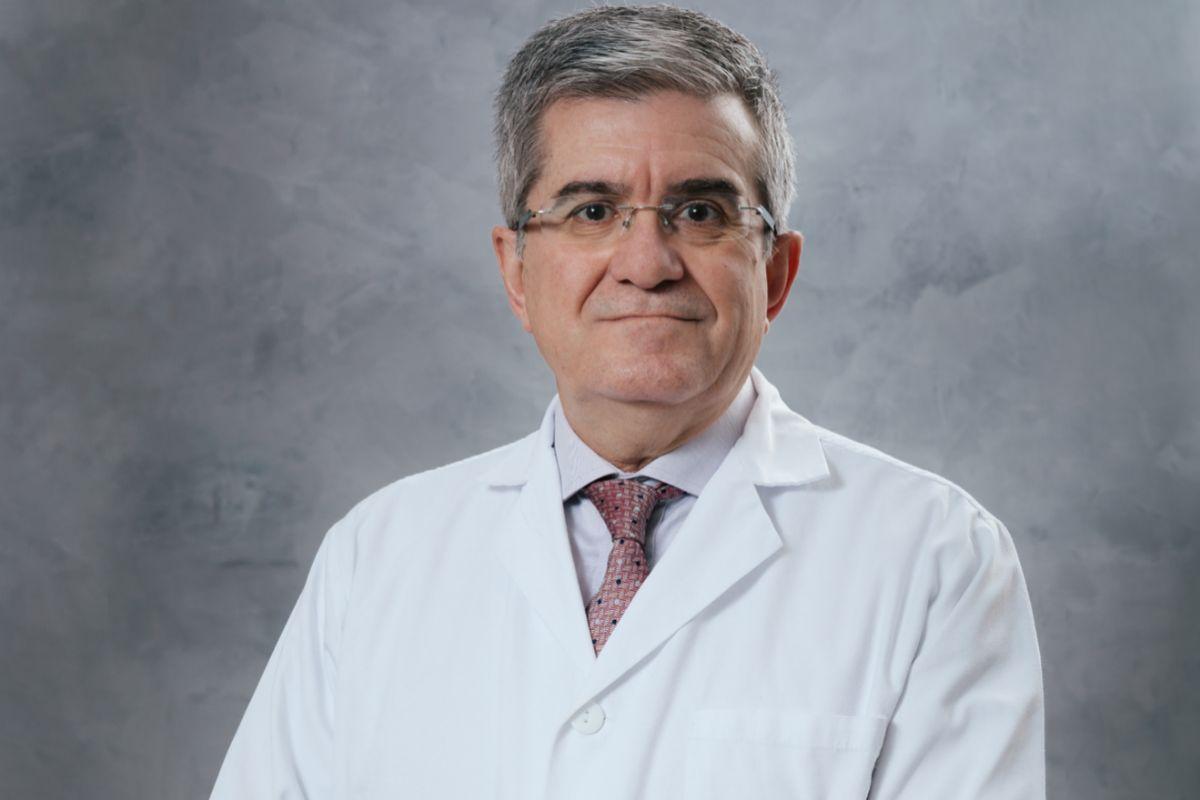 El doctor Rafael Estevan Estevan.