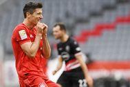 Lewandowski, tras fallar una ocasión ante el Fortuna Düsseldorf.