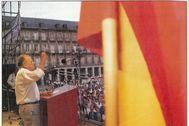En la Transición, por conveniencia, Carrillo aceptó la bandera monárquica.