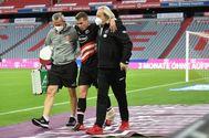 Sobottka se retira lesionado, en la última jornada de la Bundesliga.