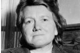 Paula Hitler, la única hermana de padre y madre de Adolf, tras ser detenida por las tropas estadounidenses.