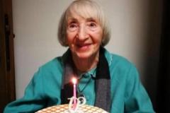 La abuela Lina, recuperada de la Covid-19 a los 102 años