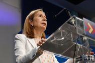 Ana Pastor, en rueda de prensa en la sede nacional del PP.