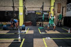 La vuelta al gimnasio: sudar en dos metros cuadrados con mascarilla