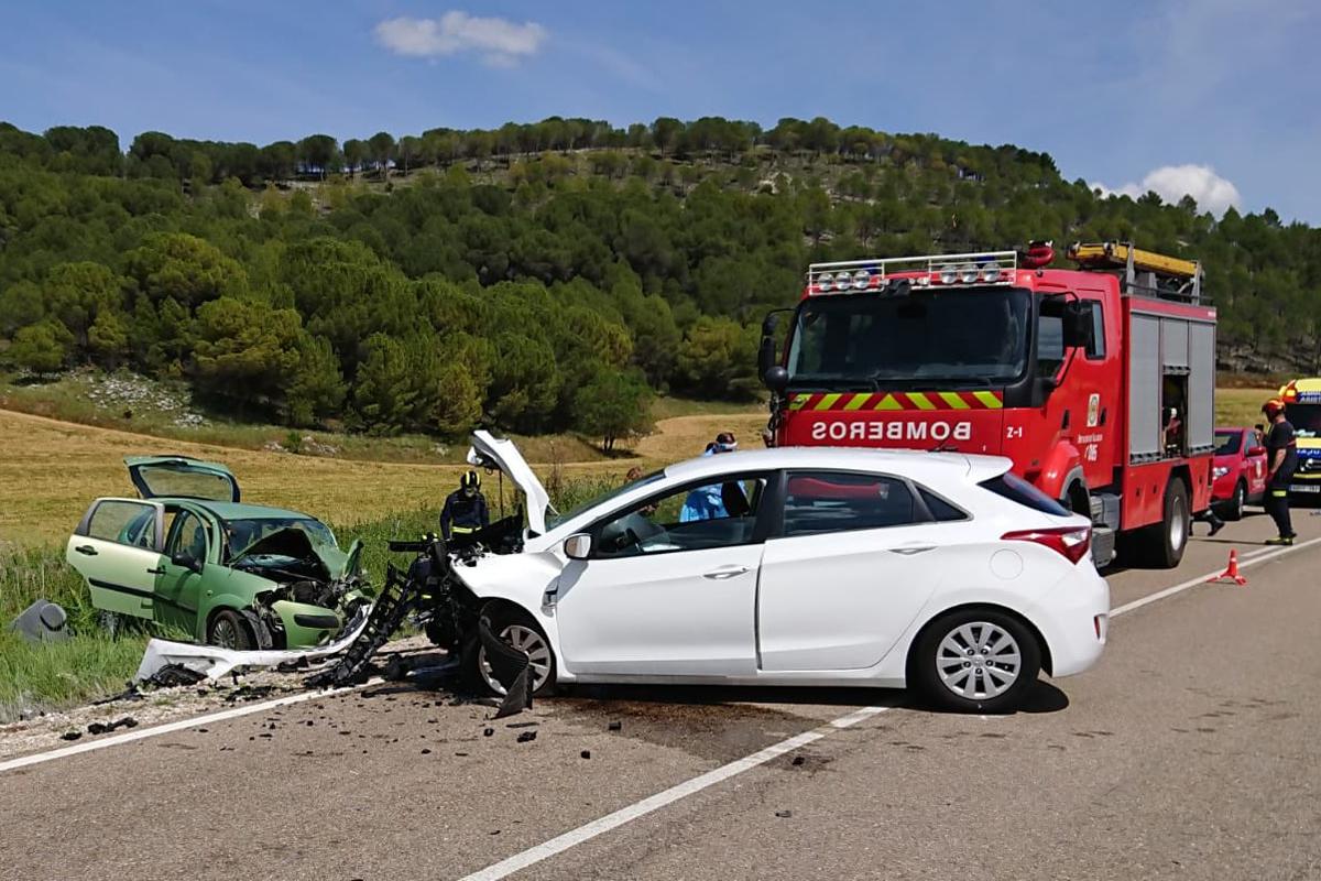 Choque de dos vehículos en una carretera de Valladolid