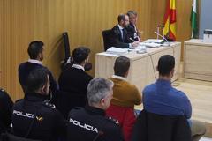 Los cuatro acusados, durante el juicio en la Audiencia de Córdoba.