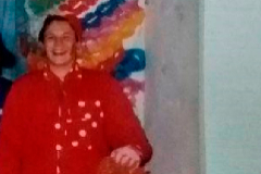 Kichi, en 1991, en una comparsa juvenil. Ya, ha dicho, recibía comentarios malintencionados por su sobrepeso. En 2008, participó en una com parsa con letras que hacían chanza del aspecto del hijo de Pantoja: «Paquirrín está hecho un mulo/ Verlo me produce espanto/ Se parece, te lo juro, a un cochino en los Tosantos».