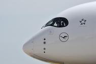Un avión de la aerolínea Lufthansa en el aeropuerto de Múnich.