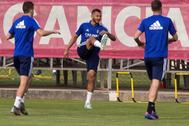 Los jugadores del Zaragoza, durante un entrenamiento del equipo.