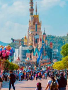 Prohibido gritar en la montaña rusa o abrazar a Mickey en los parques temáticos