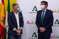 El vicepresidente de la Junta, Juan Marín, junto a Javier Banderas, hermano del actor Antonio Banderas.