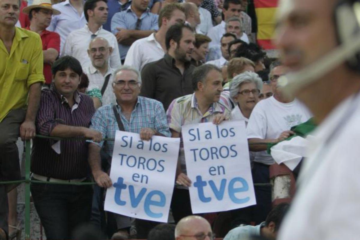"""El PP copia a Vox y reclama a RTVE la emisión de """"grandes faenas y documentales"""""""