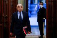 El PSOE debe cooperar, no hacer el ridículo